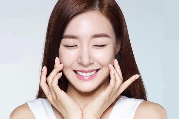 Cách chăm sóc da và dưỡng da mặt của phụ nữ hàn quốc và nhật bản