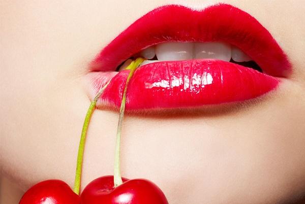 Tẩy da chết giúp đôi môi của phái nữ đẹp, tươi tắn và căng mọng quyến rũ