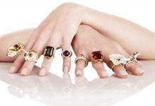 Tiết lộ sự thật về ý nghĩa của việc đeo nhẫn ở các ngón tay