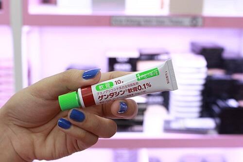 Kem trị sẹo Gentacin đang được bán trên thị trường với giá 250.000 đồng cho 1 tuýp 10g
